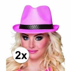 2x roze trilby hoeden feest volwassenen
