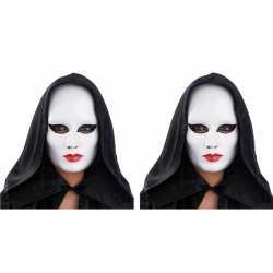 2x vrouwen masker wit rode lippen