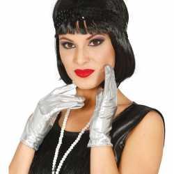 Metallic zilveren verkleed handschoenen kort 22 centimeter