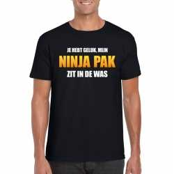 Ninja pak zit in de was heren carnavals t shirt zwart
