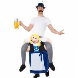 Oktoberfest verkleedkleding man op bayerische vrouw